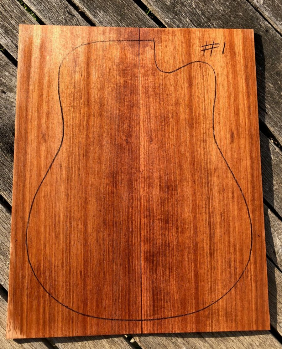Instruent timber for acoustic guitars