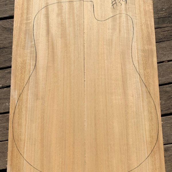 Quarter sawn instrument timber