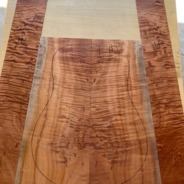 Acoustic guitar timber